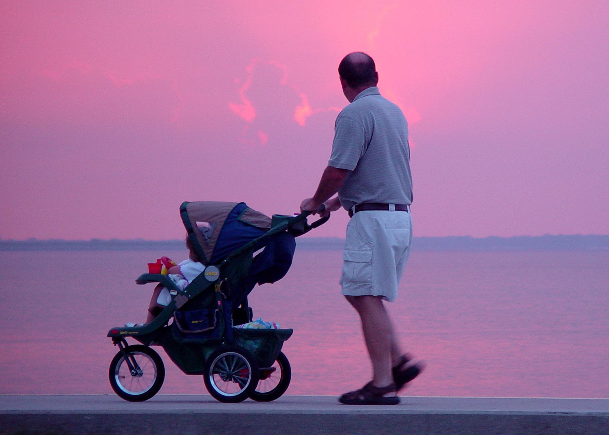 Процедура установления отцовства в браке и вне